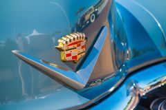Emblema de Cadillac en Oldtimer en el día nacional anual del oldtimer en Lelystad en el día nacional anual del oldtimer en Lelyst Imagen de archivo