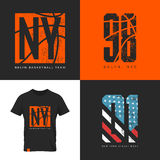 Emblema de la camiseta del desgaste de la calle de Nueva York Fotos de archivo