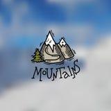 Emblema de las montañas Fotos de archivo libres de regalías