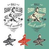 Emblema del club del mono que practica surf Imagenes de archivo