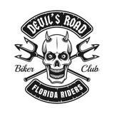 Emblema del club del motociclista con il cranio ed i tridenti del diavolo Immagine Stock