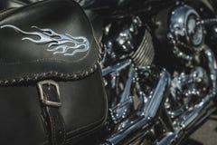 emblema del fuego de la moto del bolso de la silla de montar Imagenes de archivo