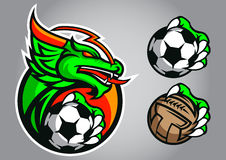 Emblema del vector del logotipo del fútbol del dragón Imagen de archivo