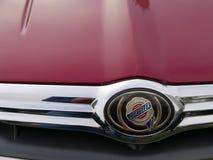 Emblema di un convertibile di tiro incrociato di Chrysler lima Fotografia Stock Libera da Diritti