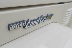 Emblema do cruzador 1979 da terra de Toyota FJ40 na exposição Imagens de Stock Royalty Free