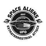 Emblema do vintage do vetor do UFO com os estrangeiros de espaço do texto ilustração royalty free