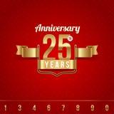 Emblema dorato dell'anniversario Immagini Stock