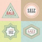 Emblema geométrico de la VENTA e iconos retros de las etiquetas engomadas fijados Imagen de archivo libre de regalías