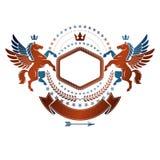 Emblema gráfico del vintage compuesto con el anim antiguo con alas de Pegaso stock de ilustración