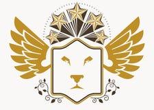 Emblema heráldico decorativo do vetor do vintage composto com wi da águia Foto de Stock Royalty Free