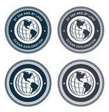 Emblema náutico con el globo Imagen de archivo libre de regalías