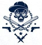 Emblema o logotipo brutal del g?ngster con los bates de b?isbol agresivos del cr?neo y otras armas y elementos del dise?o, crimen libre illustration