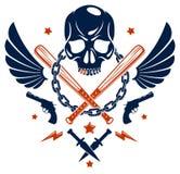 Emblema o logotipo criminal brutal de la cuadrilla con los bates de béisbol agresivos del cráneo y otras armas y elementos del di stock de ilustración