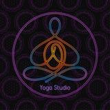 Emblema per lo studio di yoga in un cerchio immagini stock