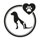Emblema veterinario di un cane e di un gatto Il cane ed il gatto profilano il logo per l'affare dell'animale domestico immagini stock libere da diritti