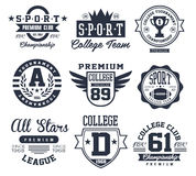 Emblemas blancos y negros del deporte, vector de los logotipos Imagen de archivo