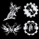 emblemas com crânio, chamas e chaves Imagens de Stock Royalty Free