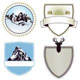 Emblemas da aventura e da expedição da montanha Imagens de Stock Royalty Free