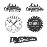 Emblemas de la carpintería, insignias, elementos del diseño ilustración del vector