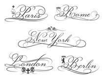 Emblemas de la ciudad con los elementos caligráficos ciudades Fotos de archivo libres de regalías