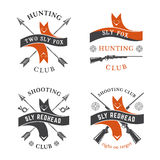 Emblemas del club de caza fijados ilustración del vector