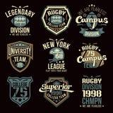 Emblemas del equipo del rugbi de la universidad foto de archivo libre de regalías