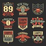 Emblemas del equipo del rugbi de la universidad Imagen de archivo libre de regalías