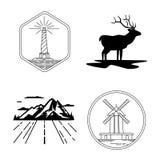 Emblemas do moinho de vento e do farol, silhueta dos cervos, montanha, exploração da natureza Imagens de Stock Royalty Free