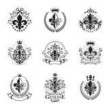 Emblemas dos símbolos de Lily Flowers Royal ajustados Brasão heráldica de ilustração royalty free