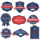 Emblemas retros e etiquetas da padaria do vintage ilustração stock
