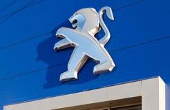 Emblemat Peugeot zdjęcie stock