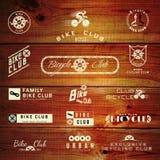 Emblemen en etiketten van fiets de de vastgestelde kentekens voor om het even welk gebruik royalty-vrije illustratie