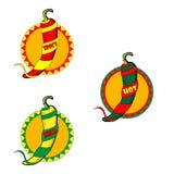 Emblemi con i peperoncini ed i nastri rossi Fotografie Stock Libere da Diritti