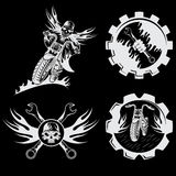emblemi con il cranio, le fiamme e le chiavi Immagini Stock Libere da Diritti