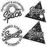 Emblemi d'annata dello spazio illustrazione di stock