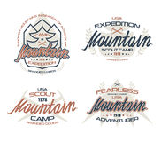 Emblemi della montagna per la maglietta Immagini Stock Libere da Diritti