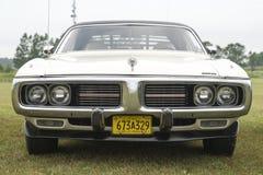 Embout avant de chargeur de Dodge photo stock