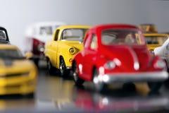 Embouteillage avec des voitures de jouet Photos stock