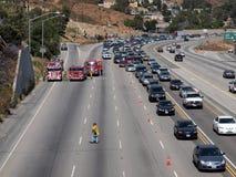 Embouteillage de feu de broussailles sur 118 Fwy Photos libres de droits