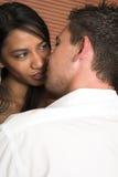 любовники embrace плотные Стоковое фото RF