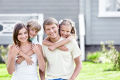 Embracing family Royalty Free Stock Images