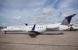 Embraer 135 United  Airlines Royalty Free Stock Photos