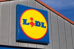 Embranchez-vous de la chaîne de supermarchés de LIDL Images stock