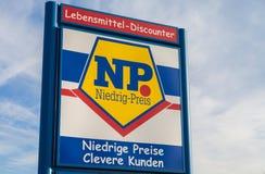 Embranchez-vous de la chaîne de supermarchés du NP Photographie stock libre de droits