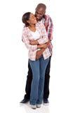 Embrassement africain de couples Photographie stock libre de droits