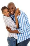 Embrassement de couples d'afro-américain Images libres de droits