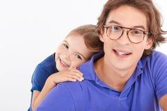 Embrassement de père et de fille Photo stock