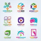 Embroma el logotipo para el diseño determinado del arte del negocio ilustración del vector