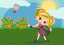 Embroma a la muchacha que juega a bádminton Imagen de archivo