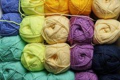 Embrouillements de fil multicolore Image stock